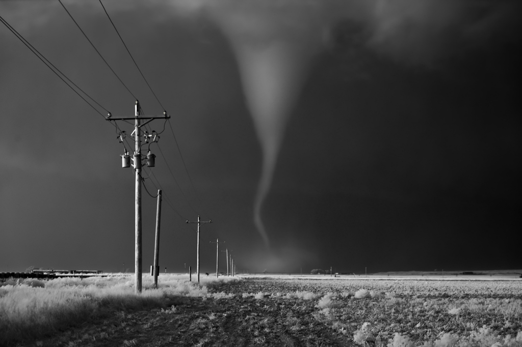 Striking Black and White Storm Photography by Mitch Dobrowner